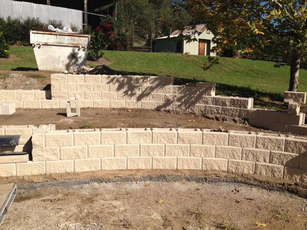 retaining wall builder 3 reasons you should hire a retaining wall